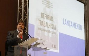 Reforma trabalhista é incompatível com normas da OIT, apontam juízes