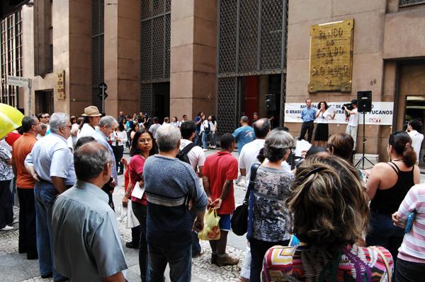 Ato pelos 10 anos de privatização do Banespa