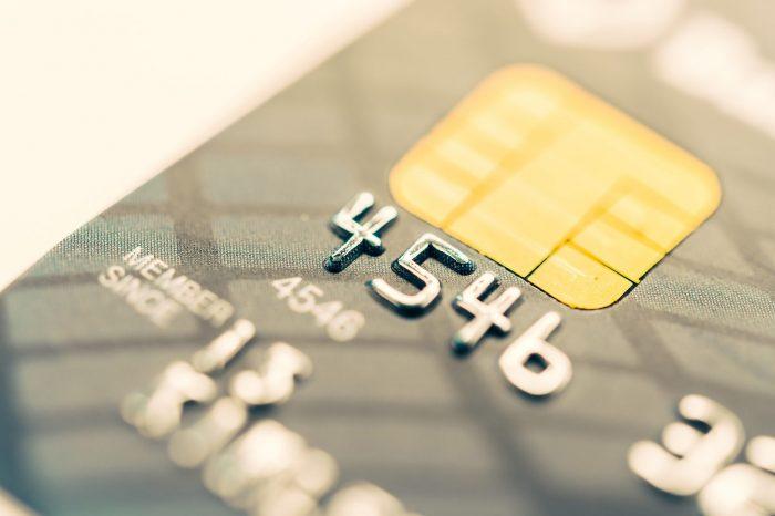 Idec: Cartões de crédito lideram dúvidas financeiras em 2017
