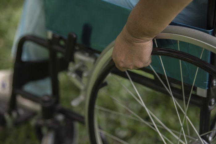 Decreto do governo fecha portas de concursos públicos a pessoas com deficiência