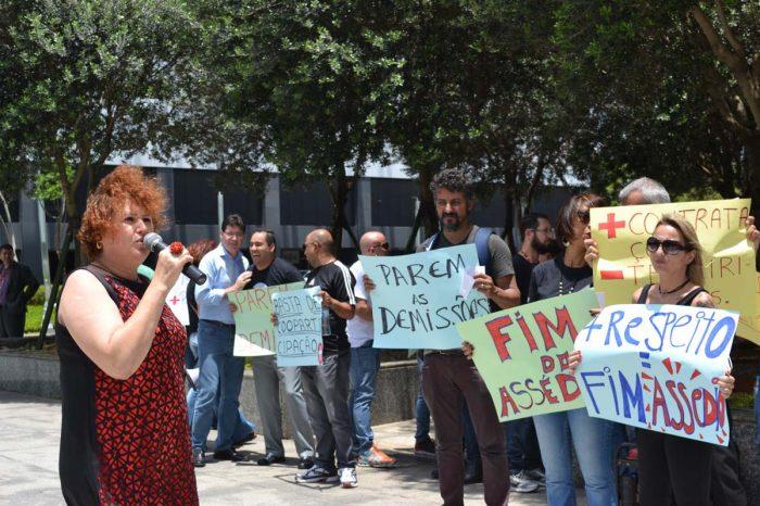 Bancários distribuem carta aberta à presidenta mundial do Santander