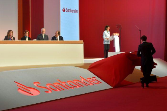 Santander é multado ao reter dinheiro de clientes mortos no Reino Unido