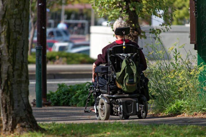 PEC da reforma da Previdência quer obrigar pessoas com deficiência a trabalhar mais 15 anos