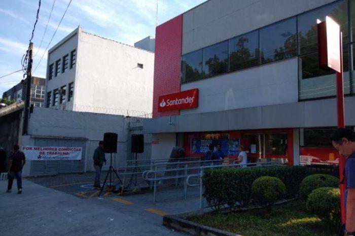Bancários vivem clima de insegurança nas agências do Santander
