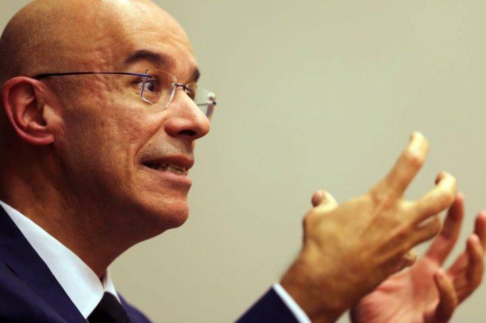 Presidente do Santander ganha salário de marajá