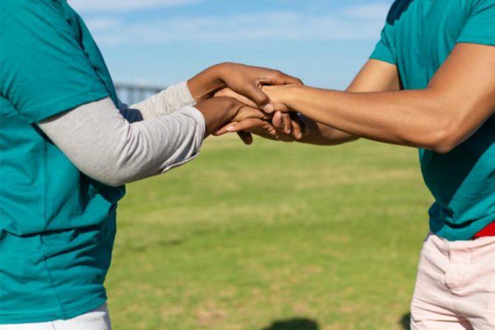 Santander, enfim, promove trabalho voluntário de cunho social aos sábados