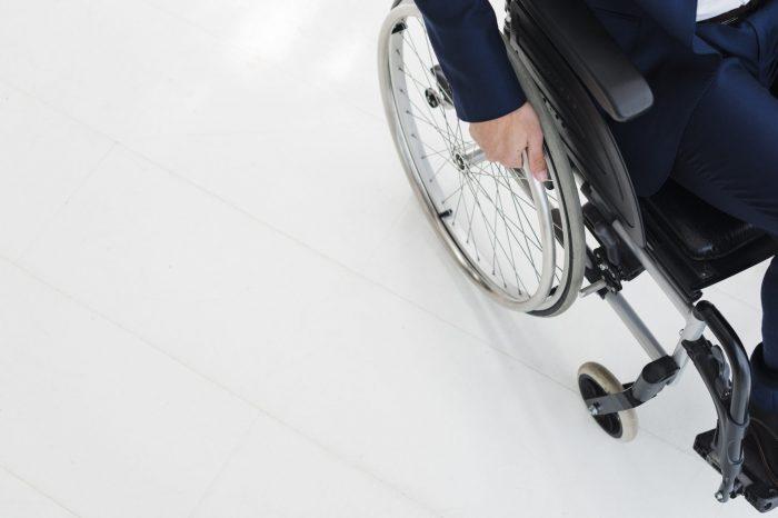 Pessoas com deficiência enfrentam investidas do governo em minar representação no Conade