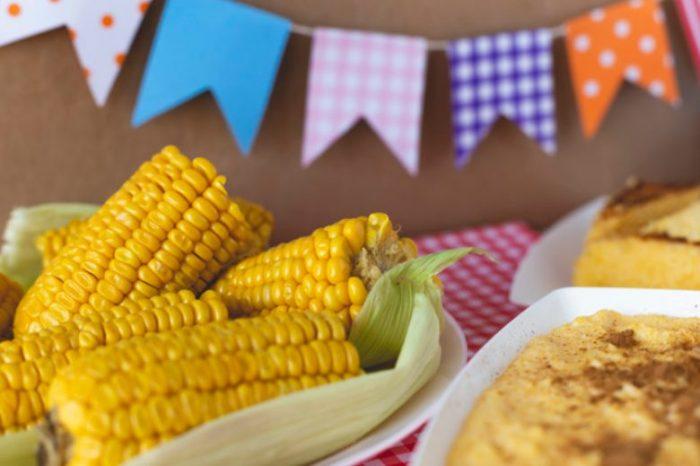 Arraial no isolamento: Conheça a origem de algumas comidas típicas das festas juninas